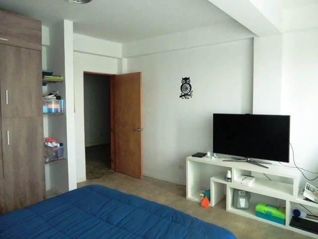 Casa Distrito Metropolitano>Caracas>Oripoto - Venta:125.063.000.000 Precio Referencial - codigo: 16-1585