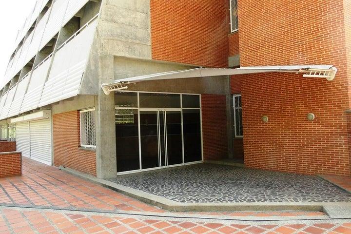 Local Comercial Distrito Metropolitano>Caracas>Lomas del Sol - Venta:153.000 US Dollar - codigo: 16-1596