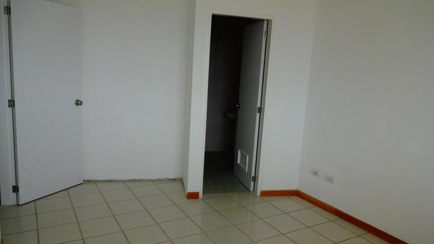 Apartamento Miranda>Higuerote>Agua Sal - Venta:55.537.000.000 Precio Referencial - codigo: 16-1605