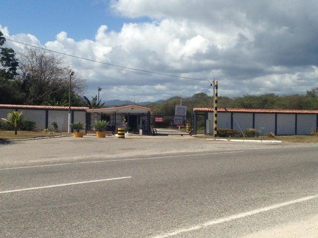 Terreno Miranda>Higuerote>Higuerote - Venta:15.047.000.000 Precio Referencial - codigo: 15-16498