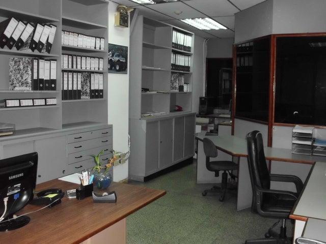 Local Comercial Distrito Metropolitano>Caracas>Quinta Crespo - Venta:305.363.000.000 Precio Referencial - codigo: 16-2153