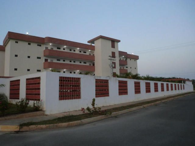 Apartamento Miranda>Higuerote>Higuerote - Venta:15.047.000.000 Precio Referencial - codigo: 16-1650