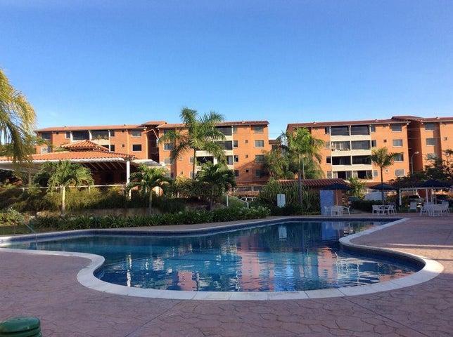 Apartamento Miranda>Guatire>Sector San Pedro - Venta:315.000.000 Bolivares Fuertes - codigo: 16-1924