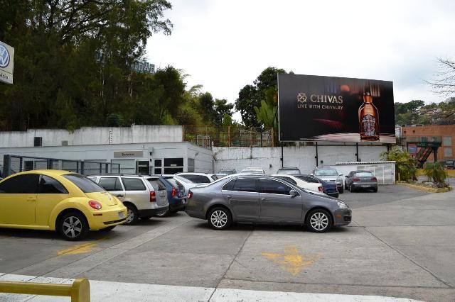 Negocios y Empresas Distrito Metropolitano>Caracas>La Trinidad - Venta:934.164.788.000.000 Bolivares - codigo: 16-1659
