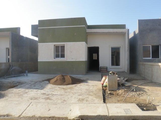Casa Falcon>Punto Fijo>Guanadito - Venta:5.357.000.000 Precio Referencial - codigo: 16-1663