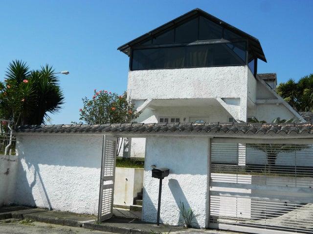 Casa Miranda>San Antonio de los Altos>Parque el Retiro - Venta:90.283.000.000 Precio Referencial - codigo: 16-1728