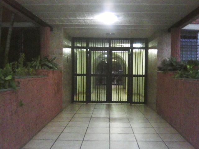 Apartamento Carabobo>Municipio Naguanagua>Los Guayabitos - Venta:22.000.000 Bolivares Fuertes - codigo: 16-1743