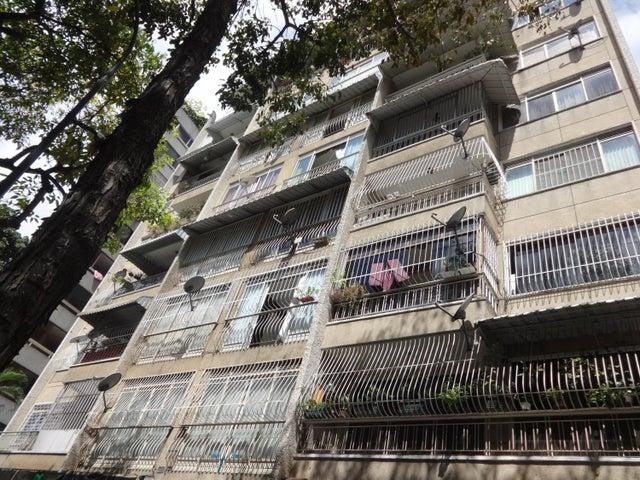 Apartamento Distrito Metropolitano>Caracas>El Bosque - Venta:83.864.000.000 Precio Referencial - codigo: 16-1745