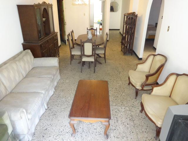 Apartamento Distrito Metropolitano>Caracas>El Bosque - Venta:20.765.000.000 Bolivares Fuertes - codigo: 16-1745