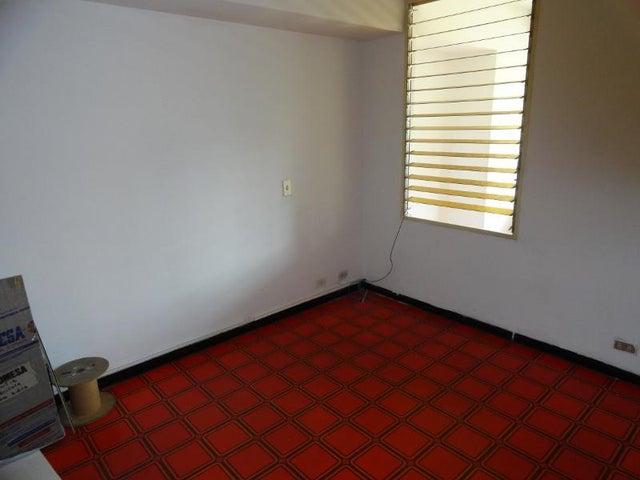 Oficina Distrito Metropolitano>Caracas>Chacao - Venta:28.093.000.000 Precio Referencial - codigo: 16-1837