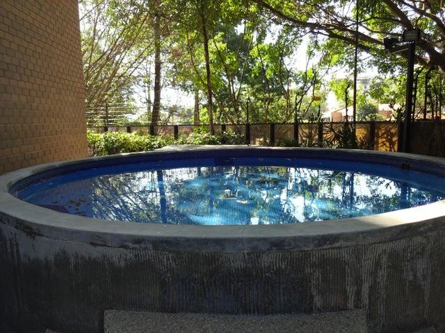 Apartamento Distrito Metropolitano>Caracas>La Castellana - Venta:83.467.000.000 Bolivares Fuertes - codigo: 16-1928
