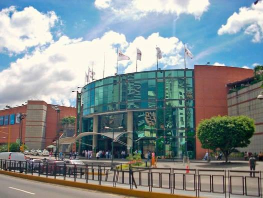 Local Comercial Distrito Metropolitano>Caracas>Chacao - Venta:638.520.000.000 Precio Referencial - codigo: 16-1940