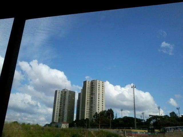 Apartamento Distrito Metropolitano>Caracas>Los Samanes - Venta:6.676.000.000 Bolivares Fuertes - codigo: 15-14181