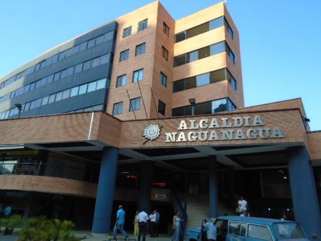 Local Comercial Carabobo>Municipio Naguanagua>La Granja - Venta:4.000.000.000 Bolivares Fuertes - codigo: 16-2126