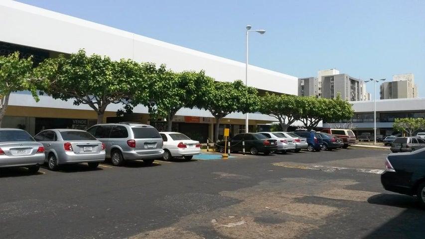 Local Comercial Zulia>Maracaibo>Avenida Delicias Norte - Venta:22.632.000.000 Bolivares - codigo: 16-2080