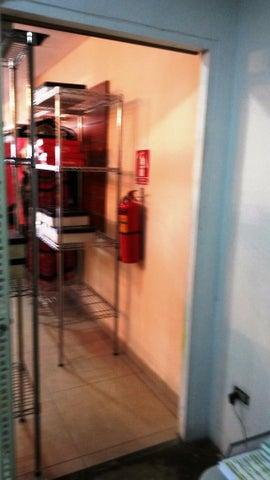 Oficina Zulia>Maracaibo>Avenida Delicias Norte - Venta:64.135.000.000 Precio Referencial - codigo: 16-2082