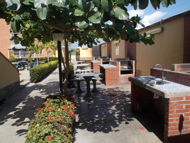 Apartamento Miranda>Higuerote>La Costanera - Venta:137.652.000.000 Precio Referencial - codigo: 16-2920