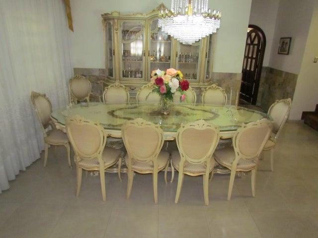 Casa Distrito Metropolitano>Caracas>Vista Alegre - Venta:79.211.000.000 Bolivares - codigo: 16-2166