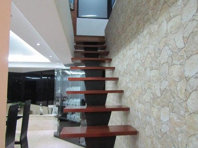 Apartamento Distrito Metropolitano>Caracas>Miranda - Venta:262.897.000.000 Precio Referencial - codigo: 16-2285