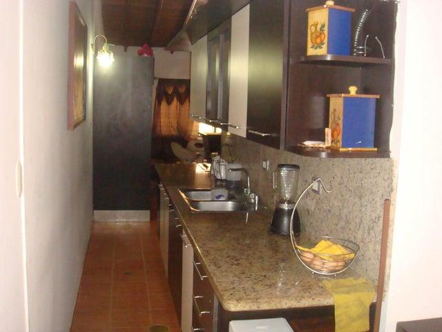 Casa Lara>Cabudare>Los Bucares - Venta:8.193.000.000 Precio Referencial - codigo: 16-2333