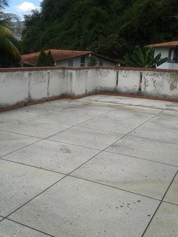 Casa Distrito Metropolitano>Caracas>Prados del Este - Venta:253.559.000.000 Precio Referencial - codigo: 16-2348