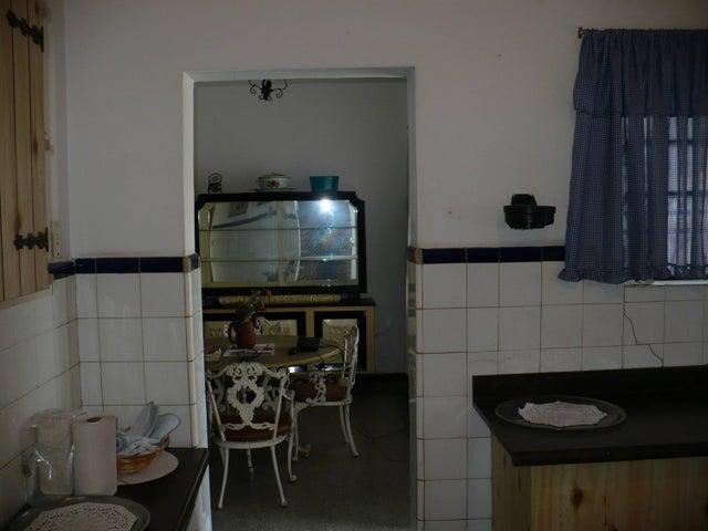 Casa Distrito Metropolitano>Caracas>Altamira - Venta:488.581.000.000  - codigo: 16-2599