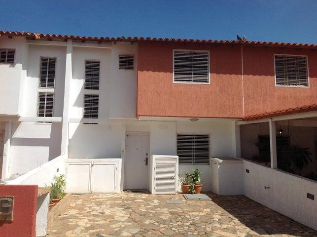 Townhouse Nueva Esparta>Margarita>Porlamar - Venta:40.000 Precio Referencial - codigo: 16-2425