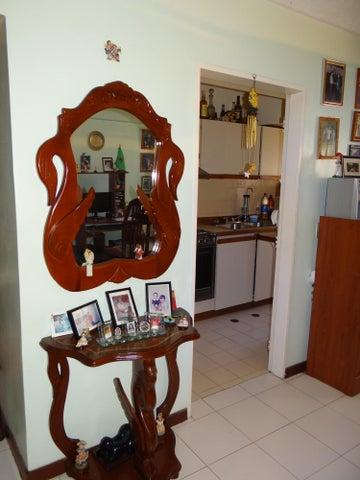 Apartamento Distrito Metropolitano>Caracas>El Paraiso - Venta:7.921.000.000 Bolivares Fuertes - codigo: 16-2478