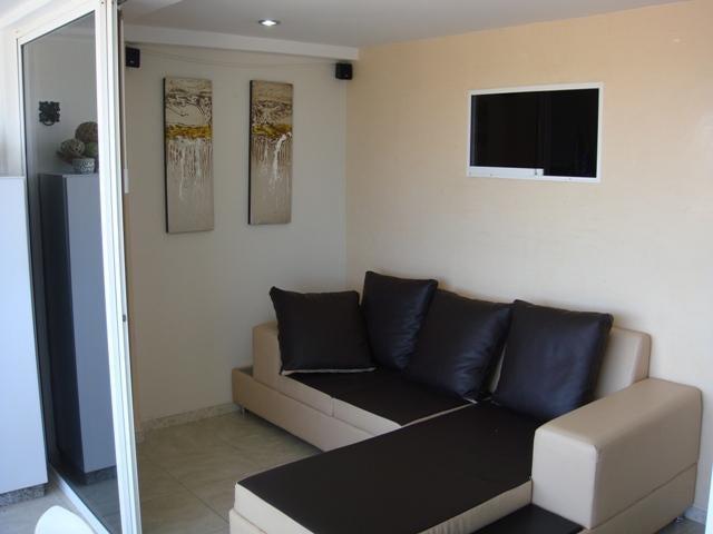 Apartamento Miranda>Higuerote>Puerto Encantado - Venta:24.429.000.000 Precio Referencial - codigo: 16-2744