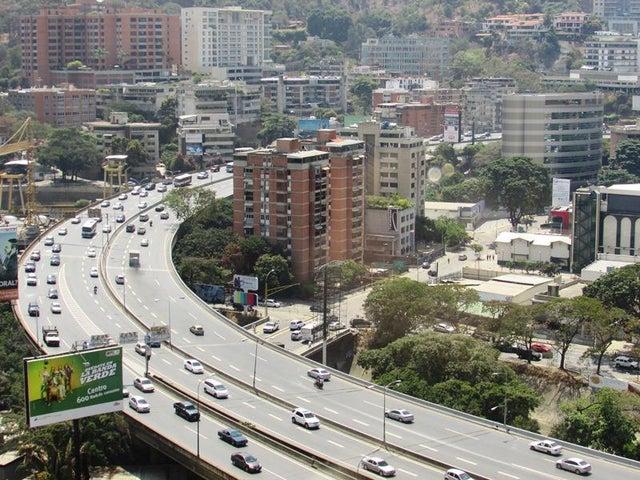 Oficina Distrito Metropolitano>Caracas>Chuao - Venta:438.161.000.000 Precio Referencial - codigo: 16-2603