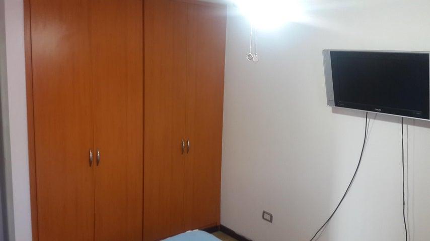 Apartamento Distrito Metropolitano>Caracas>La Urbina - Venta:24.264.000.000 Precio Referencial - codigo: 16-2647
