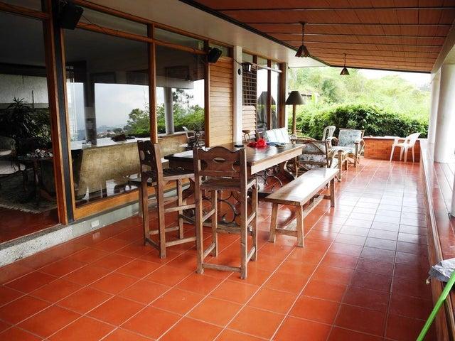 Casa Distrito Metropolitano>Caracas>Alto Hatillo - Venta:409.665.000.000 Precio Referencial - codigo: 16-2674