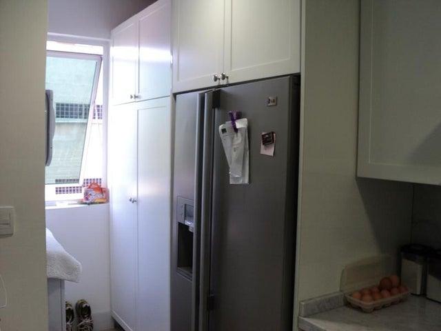 Apartamento Distrito Metropolitano>Caracas>Los Naranjos de Las Mercedes - Venta:275.295.000.000 Precio Referencial - codigo: 16-3118