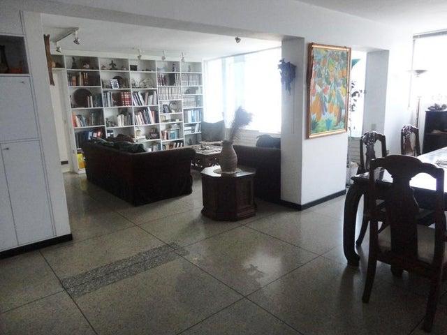 Apartamento Distrito Metropolitano>Caracas>Chulavista - Venta:200.000 Precio Referencial - codigo: 16-2763
