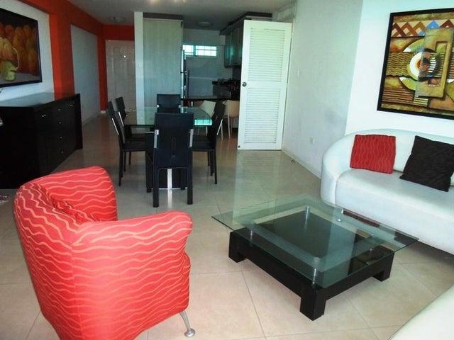 Apartamento Nueva Esparta>Margarita>Costa Azul - Venta:16.116.000.000 Bolivares Fuertes - codigo: 16-2766