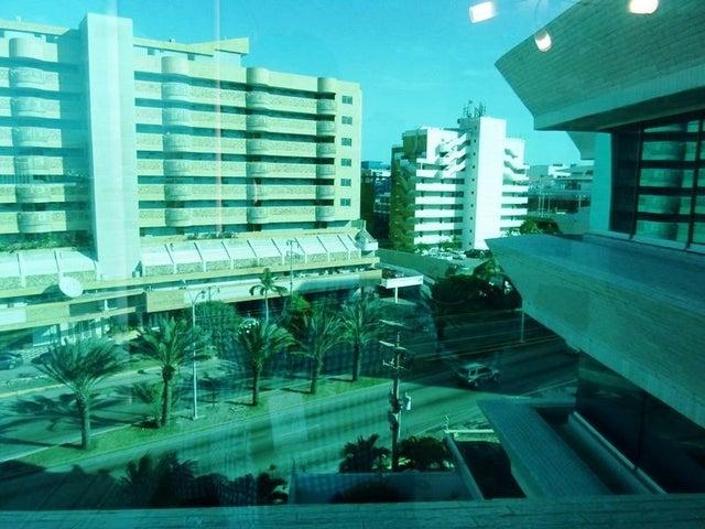 Apartamento Nueva Esparta>Margarita>Costa Azul - Venta:15.791.000.000 Bolivares Fuertes - codigo: 16-2766