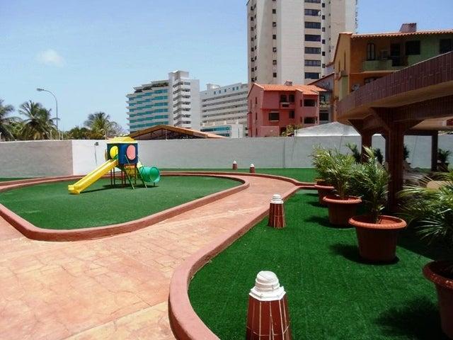 Apartamento Nueva Esparta>Margarita>Costa Azul - Venta:4.000.000 Precio Referencial - codigo: 16-2752