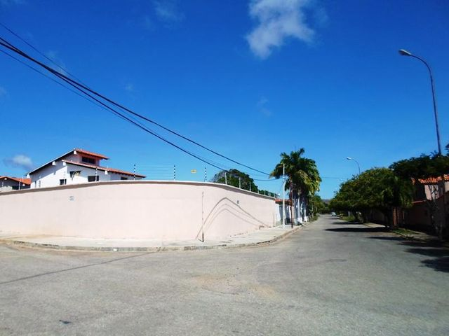 Terreno Nueva Esparta>Margarita>Jorge Coll - Venta:28.000 US Dollar - codigo: 16-2793