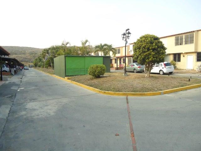 Casa Lara>Barquisimeto>Zona Este - Venta:10.000.000.000 Bolivares - codigo: 16-2802