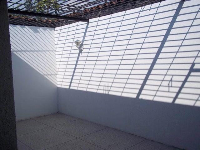 Casa Carabobo>Municipio Diego Ibarra>Mariara - Venta:1.579.000.000 Bolivares - codigo: 16-2898