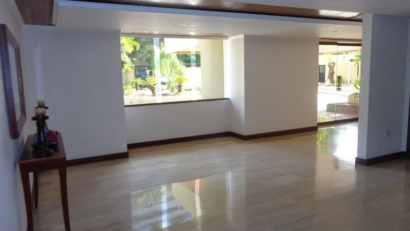 Apartamento Distrito Metropolitano>Caracas>Las Mesetas de Santa Rosa de Lima - Venta:429.197.000.000 Precio Referencial - codigo: 16-2907