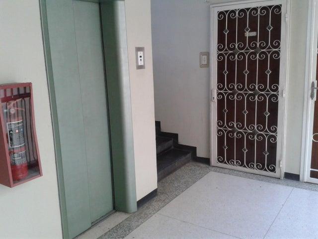 Apartamento Distrito Metropolitano>Caracas>Las Acacias - Venta:960.000.000 Bolivares Fuertes - codigo: 16-2917