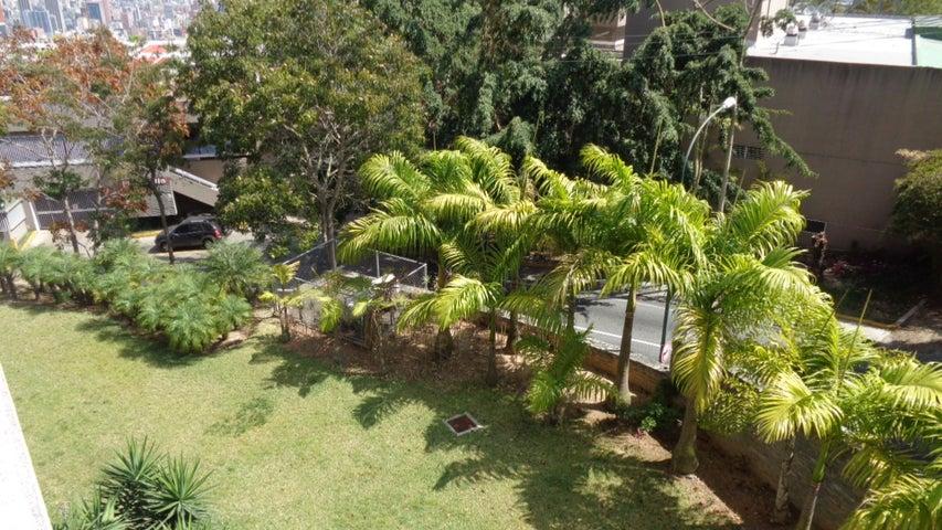 Apartamento Distrito Metropolitano>Caracas>Colinas de Bello Monte - Venta:42.300.000.000 Bolivares Fuertes - codigo: 16-2931