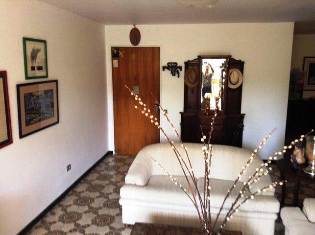 Apartamento Distrito Metropolitano>Caracas>Montalban II - Venta:18.475.000.000 Bolivares Fuertes - codigo: 16-3249
