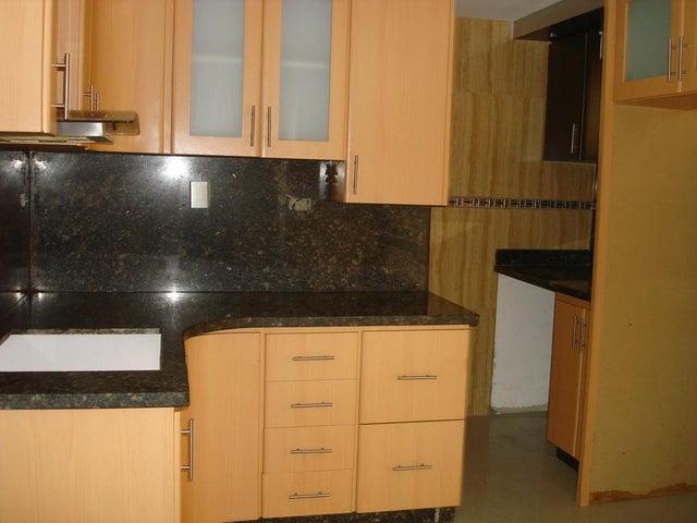 Apartamento Distrito Metropolitano>Caracas>Lomas del Avila - Venta:139.200.000  - codigo: 16-2975
