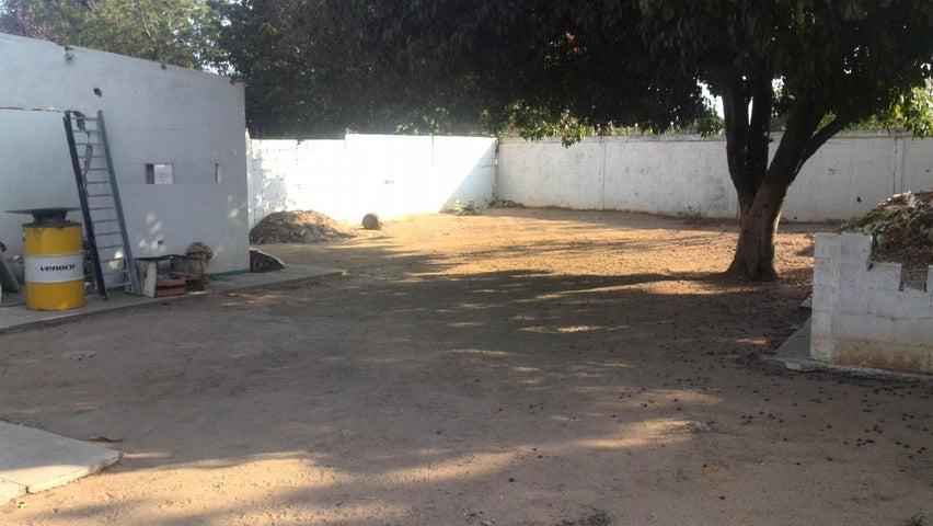 Terreno Zulia>Maracaibo>La Limpia - Venta:28.000 US Dollar - codigo: 16-3091