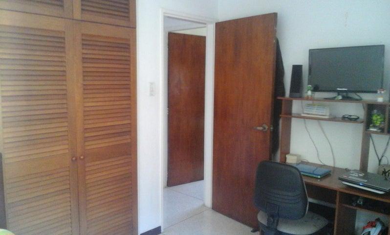 Apartamento Distrito Metropolitano>Caracas>Colinas de Bello Monte - Venta:125.796.000.000 Precio Referencial - codigo: 16-3095