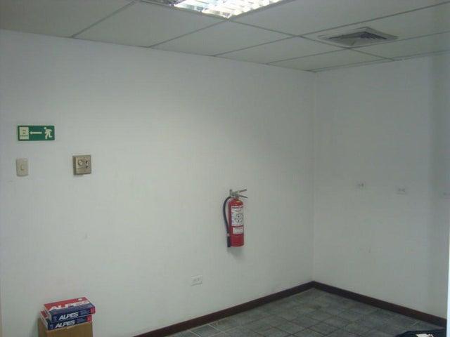 Oficina Distrito Metropolitano>Caracas>La Urbina - Venta:8.798.000.000 Bolivares - codigo: 16-3097