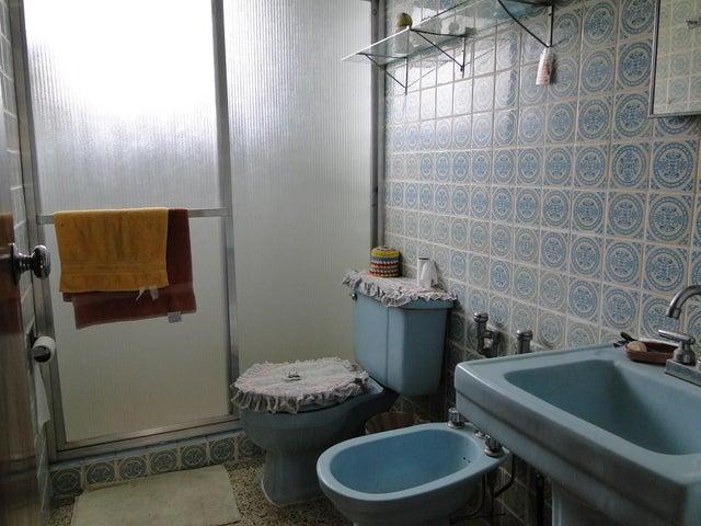 Apartamento Distrito Metropolitano>Caracas>Santa Monica - Venta:34.952.000.000 Precio Referencial - codigo: 16-3107