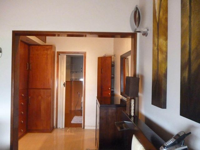 Townhouse Distrito Metropolitano>Caracas>Loma Linda - Venta:158.789.000.000 Precio Referencial - codigo: 16-3198